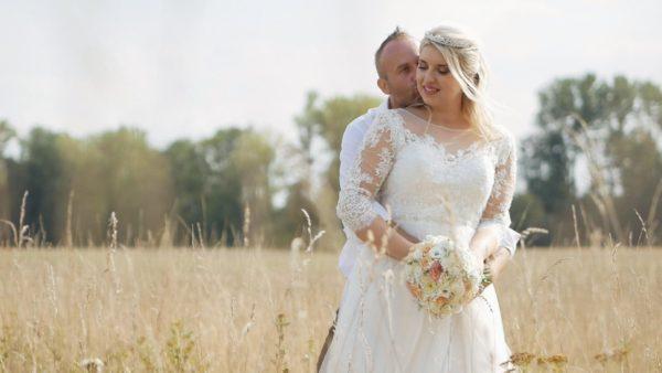 Dokonalá svatba? V přírodě, s úsměvy, dojetím i pořádnou párty